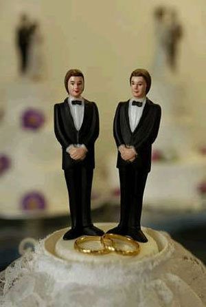 gay_wedding_cake_0