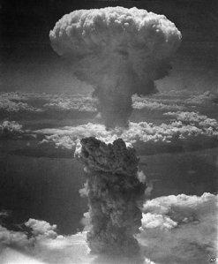 nagasaki_nuclear_bomb
